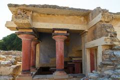 Knossos palace at Crete, Greece Knossos Palace, is largest Bronze Age archaeological site on Crete and the ceremonial Stock Photo