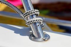 Knoten auf einem Boot Lizenzfreie Stockfotos