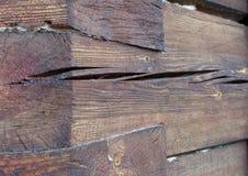 Knoten auf einer Blockhausdetailnahaufnahme Stockfotos