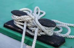 Knoten und Seile Stockfotografie