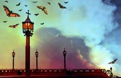 Knuppels door lamp lichte gotische achtergrond Royalty-vrije Stock Afbeelding