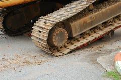 Koło ekskawatoru buldożeru ładowacza maszyny ruszać się Zdjęcie Stock