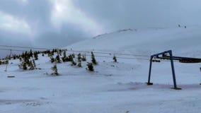 Koło nawierzchniowa dźwignięcie stacja na ośrodku narciarskim zbiory wideo