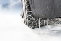 Koło samochód w śniegu zdjęcie stock
