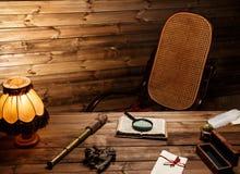 Kołysać krzesła w drewnianym wnętrzu obraz stock