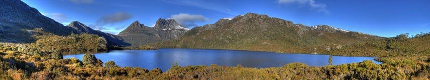 kołysankowa gołąbki jeziora góra Fotografia Royalty Free