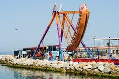 Kołysząca gondola Na Luna parku Zdjęcia Stock