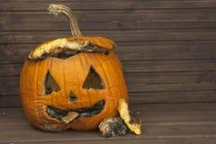 Końcówka Halloween, pleśniowa bania Pamiętać Halloween Głowa rzeźbiąca od bani na Halloween Fotografia Royalty Free