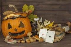 Końcówka Halloween, pleśniowa bania Pamiętać Halloween Głowa rzeźbiąca od bani na Halloween Obrazy Royalty Free