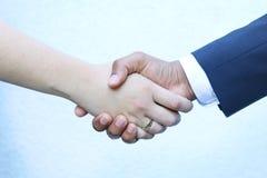 Końcowa transakcja - Trząść ręki Zdjęcie Stock