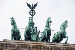 Końska rzeźba na Brandenburg bramie Zdjęcia Royalty Free