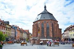 Kościół Święty duch dzwonił «Heiliggeistkirche «w niemiec przy rynkiem w dziejowym centrum miasta na słonecznym dniu obrazy royalty free