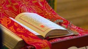 Kościół biblia kłama na powierzchni zbiory wideo