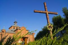 Kościół buduje, drewniany, zieleń, stara, wioska, tradycyjna Zdjęcia Royalty Free