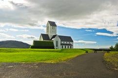 Kościół i cmentarz przy Skalholt monasterem, Iceland fotografia royalty free