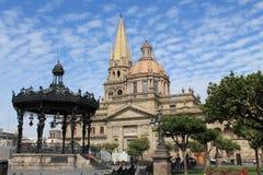 Kościół kwadrat w Guadalajara, Meksyk zdjęcie stock