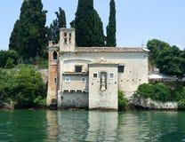 Kościół na Jeziornym Gardzie Zdjęcia Royalty Free