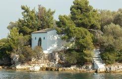 Kościół na wyspie w Ionian morzu, Grecja Zdjęcie Royalty Free