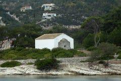 Kościół na wyspie w Ionian morzu, Grecja Fotografia Royalty Free