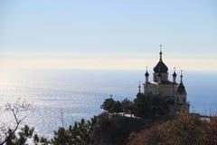 Kościół nad miasteczko Obraz Royalty Free