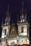 Kościół Nasz dama przed Tyn (Praga, republika czech). Nigh Zdjęcie Stock