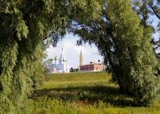 kościół obramiał naturalnie Fotografia Stock