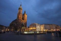 Kościół St Mary w Krakow Głównym Targowym kwadracie Zdjęcia Royalty Free