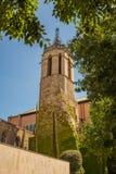 Kościół wśród drzew Obrazy Royalty Free