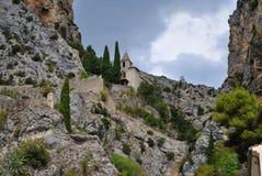 Kościół wśród skał Zdjęcia Royalty Free