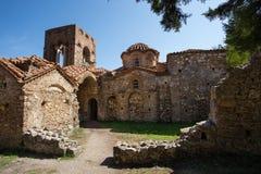 Kościół w średniowiecznym mieście Mystras, Grecja Zdjęcie Royalty Free