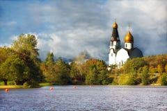 Kościół w jesieni Obraz Royalty Free
