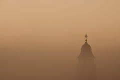 Kościół w mgle Zdjęcia Royalty Free