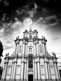 Kościół w Warszawa Artystyczny spojrzenie w czarny i biały Obrazy Royalty Free