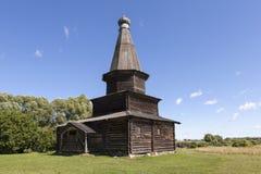 Kościół wniebowzięcie w 1595 Muzeum Drewniana architektura Vitoslavlitsy Velikiy Novgorod Rosja obrazy stock
