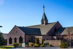Kościół Z krzyżem W wczesnym poranku obraz stock
