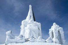 Kościół zakrywający z lodem w Kaimaktsalan górze w Grecja zdjęcie royalty free