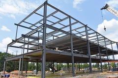 Kościec buduje w budowie metal zdjęcia royalty free