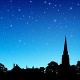 Kościelna iglica z nocnym niebem ilustracja wektor