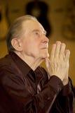 kościelne starsze osoby obsługują modlenie Obrazy Royalty Free