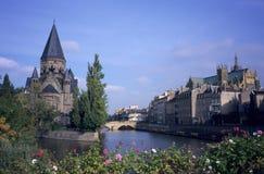 kościelnego Metz neuf rzeczny świątynny miasteczko Obrazy Royalty Free
