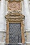 Kościelny drzwi Święci apostołowie Peter i Paul krakow Poland Obrazy Stock
