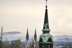 Kościelny góruje szczegół w mieście Obrazy Royalty Free