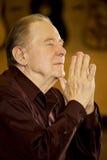 kościelny starszych osob mężczyzna modlenie Zdjęcie Royalty Free