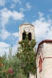Kościelny zegarowy wierza Fotografia Royalty Free