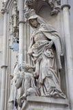 Košice - Świątobliwa królowa Elizabeth od Węgry statuy obrazy stock