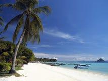 Ko发埃在普吉岛-泰国附近的发埃海岛 免版税库存照片