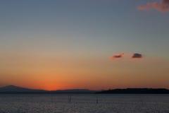 Końcówka na zmierzchu na jeziorze Zdjęcia Royalty Free