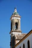 Kościelny dzwonkowy wierza, Aguilar de los angeles Frontera Zdjęcia Stock