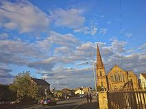 Kościelny niebieskie niebo Zdjęcia Royalty Free