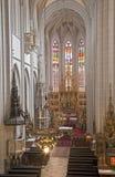 Košice - il main scolpito traversa l'altare volando della cattedrale gotica di Elizabeth del san Fotografia Stock
